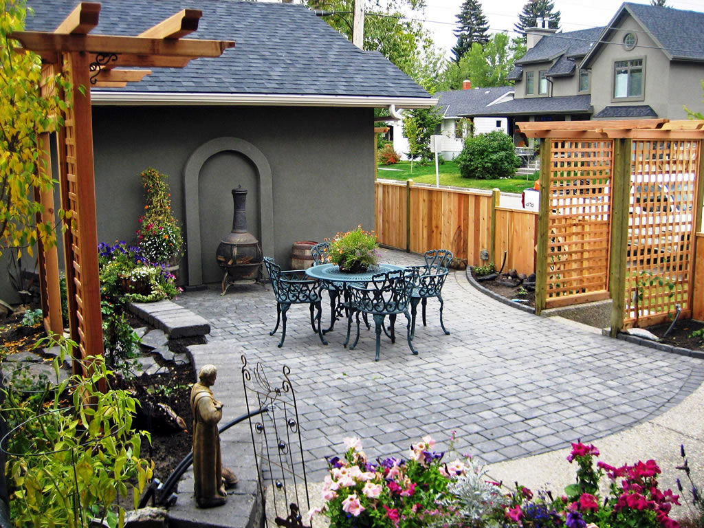 Custom backyard on calgary infill morgan k landscapes for Small patio landscaping