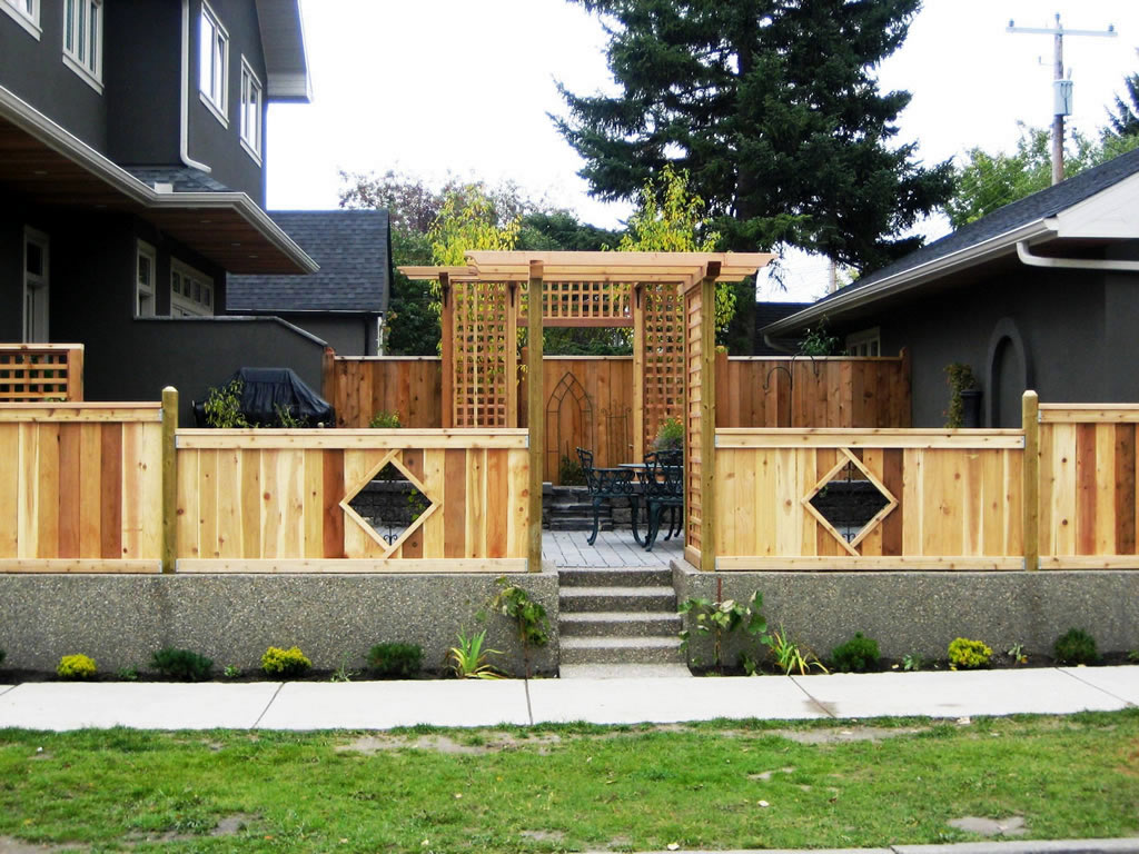 Custom Cedar Fencing And Pergola Morgan K Landscapes