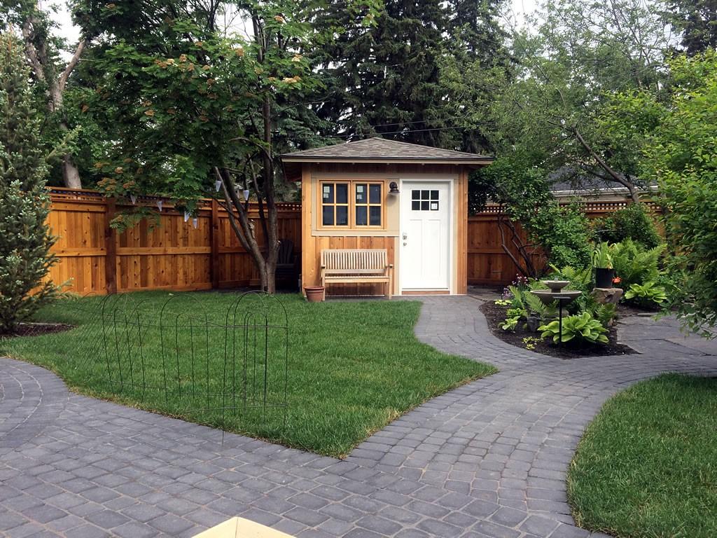 Inner city private yard 4