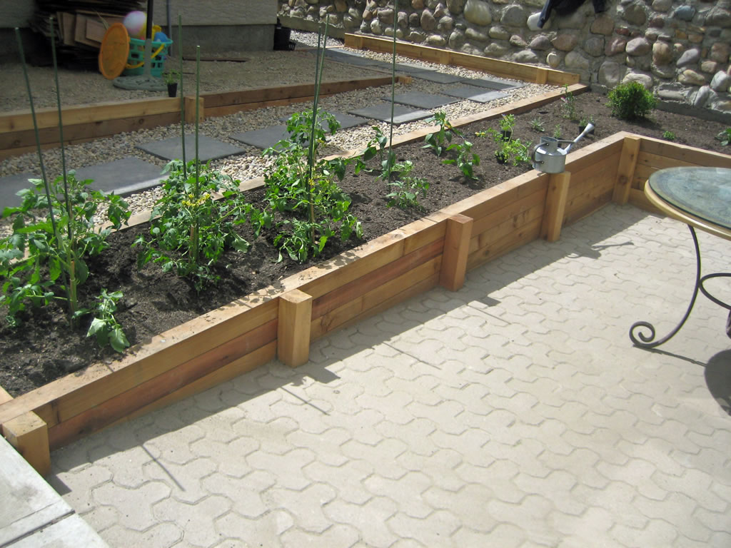 Cedar Wood Retaining Wall Planter